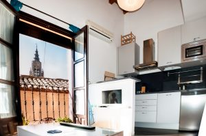2 300x199 - Dúplex Abuardillado junto a la catedral- 4pax - Toledo Ap Alojamientos turísticos